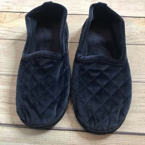 Isotoner Totes Quilted Velvety Navy Slippers